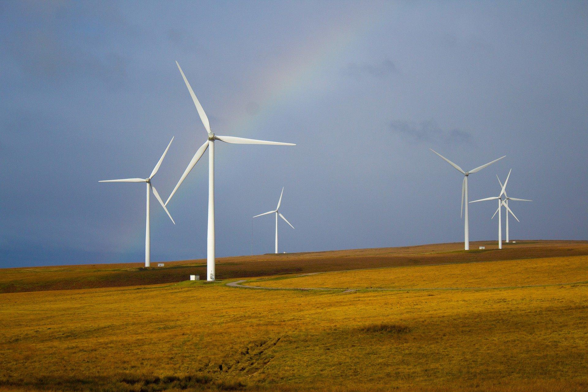 windmills-5643293_1920